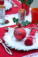 Christmas flowers and place settings; Photographs Michelle Garrett