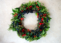HEDGEROW BERRY GARLAND